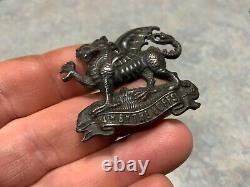 CAP BADGES-ORIGINAL PRE WW1 VERY RARE 4th BUFFS (EAST KENT REGT) EARLY ON LUGS
