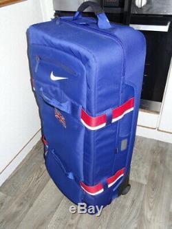 Nike Team Great Britain Rare Suitcase Sports Team Wheelie Travel Case