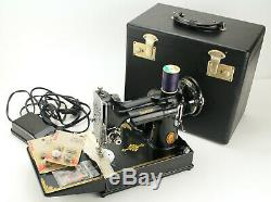 Rare Vintage 1951 Singer Featherweight Sewing Machine 221K Made in Great Britain