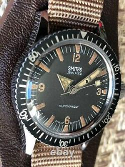 Rare Vintage Smiths Military 3atm Divers Watch Made In Great Britain