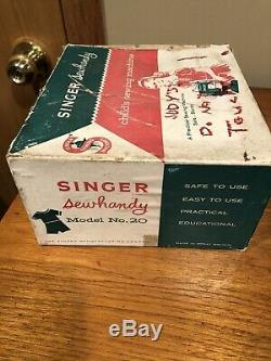 Singer Sew Handy Childs Sewing Machine- Rare Color Model # 20- Great Britain